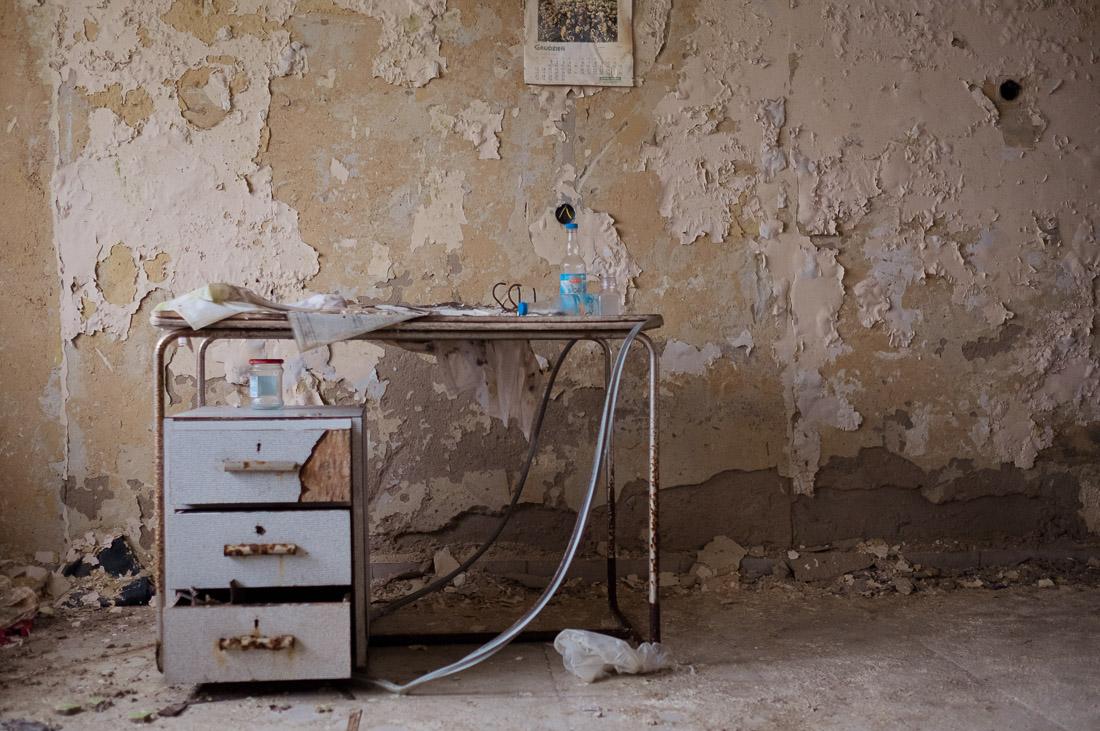 anna rusilko fotografia photography opuszczona świniarnia abandoned pigsty wieś village